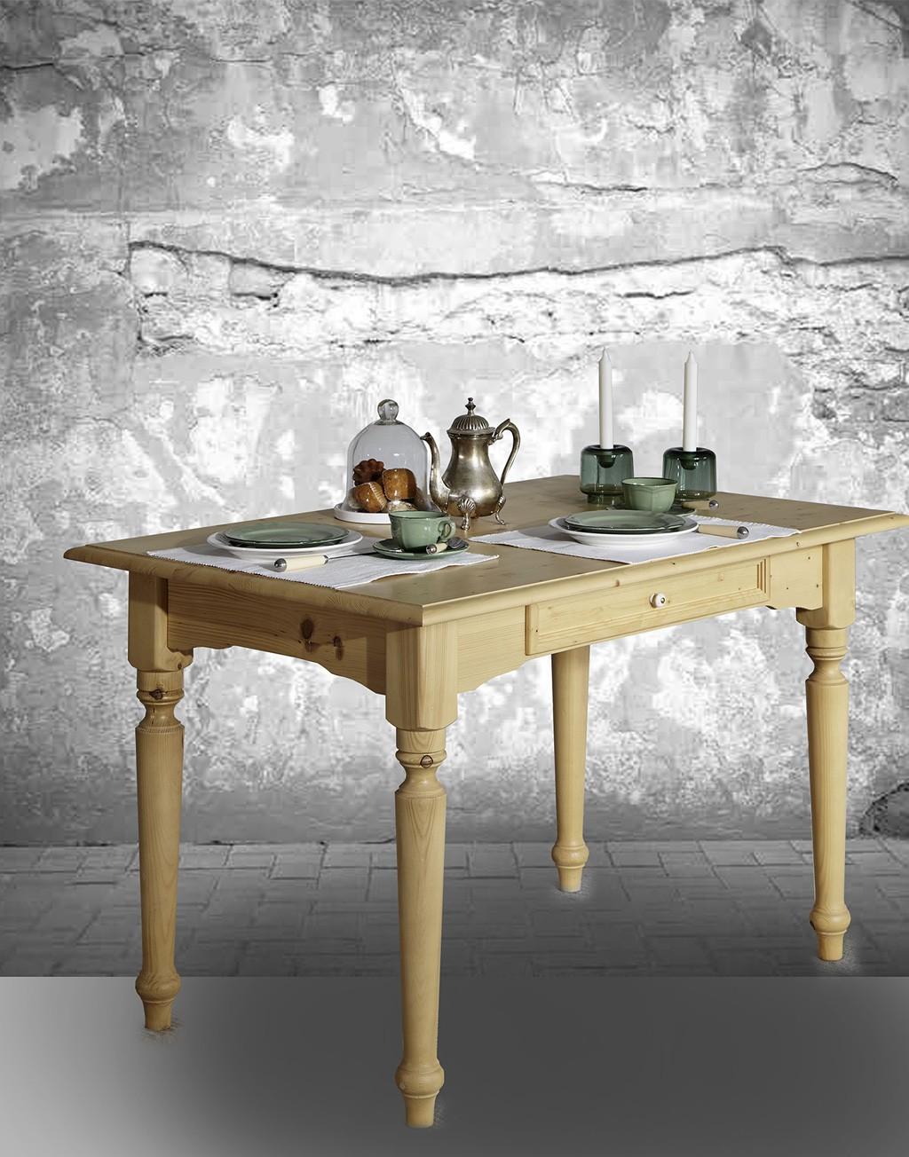 Abbildung Tisch Alina in natur gewachst.
