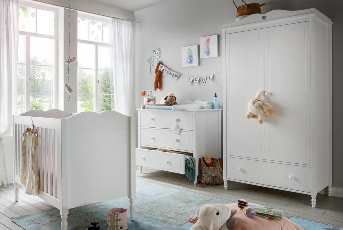 Abbildung Babyzimmer Set Massivholz mit 3 trg. Kleiderschrank weiß | Emma