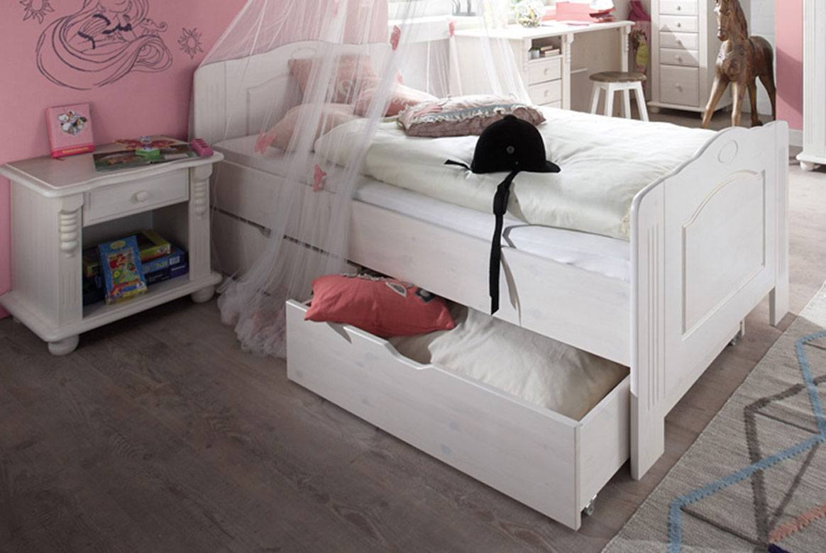 landhausstil kinderzimmer weiss romantik jugendzimmer massiv. Black Bedroom Furniture Sets. Home Design Ideas