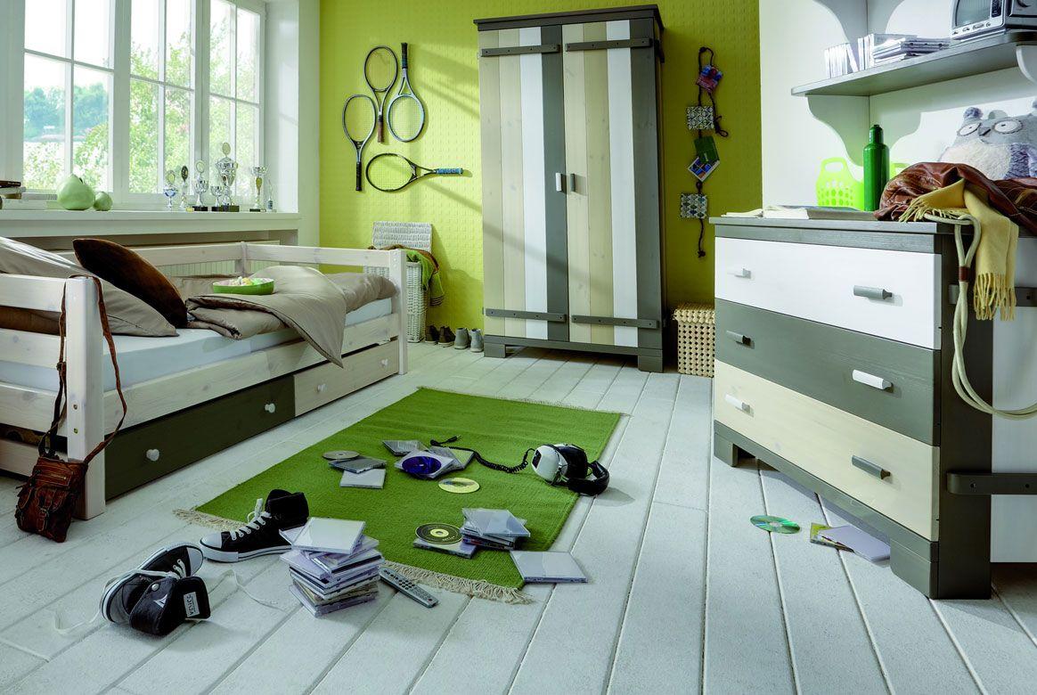 Abbildung Kinderzimmer Set Massivholz mit 2 trg. Kleiderschrank | Merlin