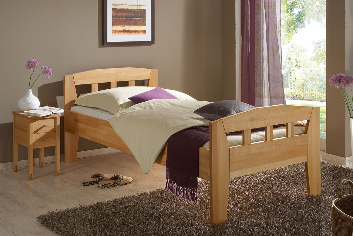Abbildung M&H Seniorenbett Massivholz höhenverstellbar Comfort | CS