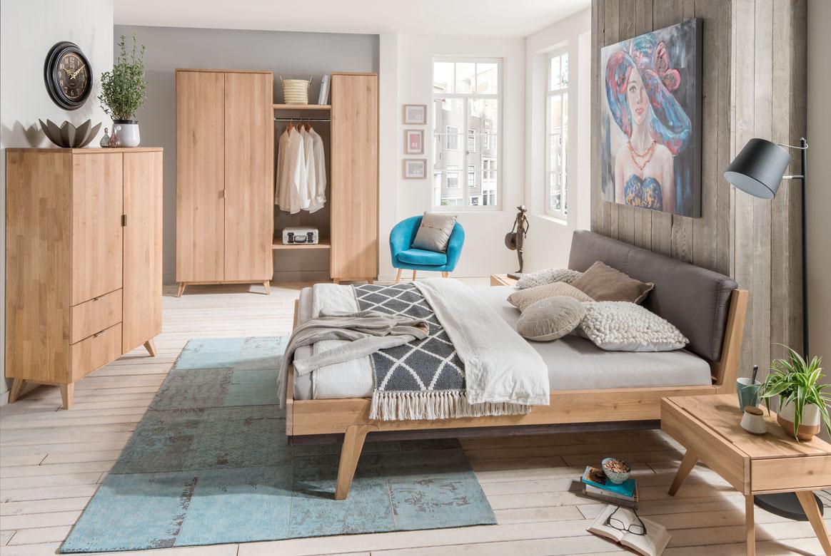 Schlafzimmer Massivholz M&H Sarafina | S01