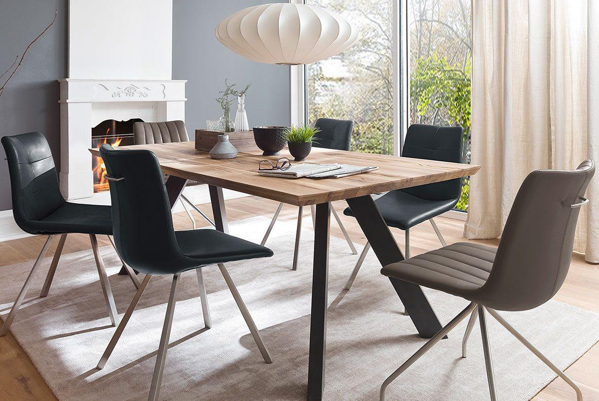 Tischgruppe Massivholz (5-tlg.) Eiche massiv mit Stuhl Alessia | Milton.