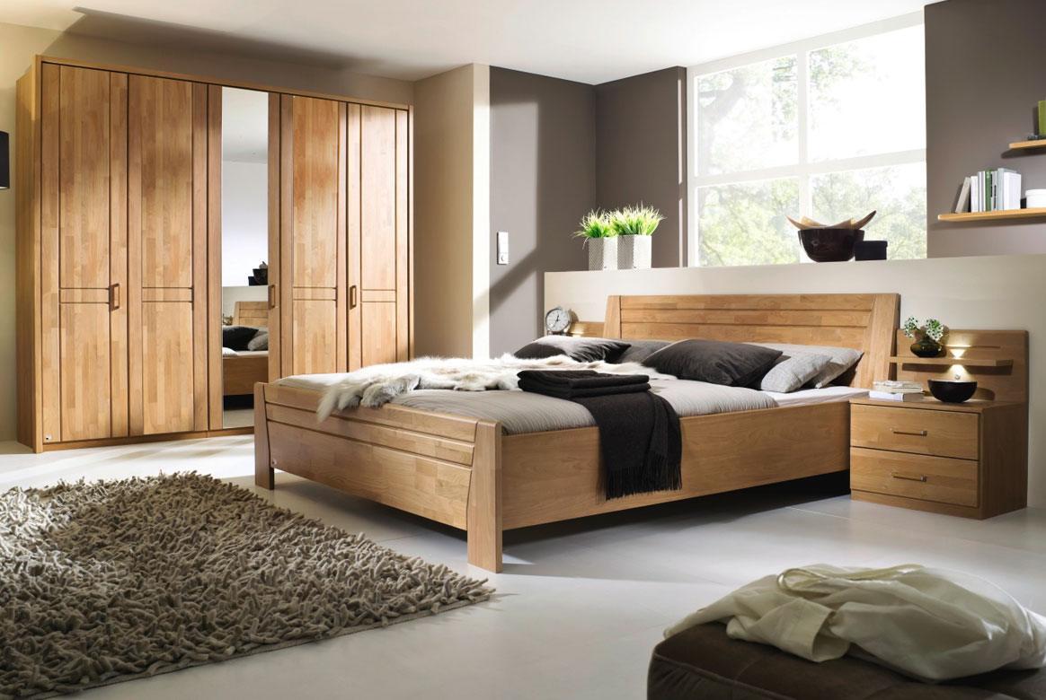 Abbildung Schlafzimmer teilmassiv | Standardbett 180x200 u. Schrank 5-trg. mit 1 Spiegel Front Erle Sitara | B44