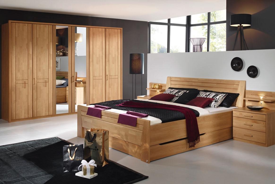 Abbildung Schlafzimmer mit Komfortbett 180x200 u.  6-trg. mit 2 Spiegel Front Erle Sitara | S55