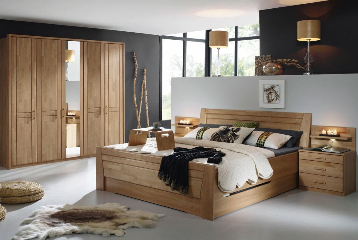 Abbildung Schlafzimmer Wildeiche mit Komfortbett 180x200 u. Kleiderschrank 5-trg. 1 Spiegel Sitara | W44