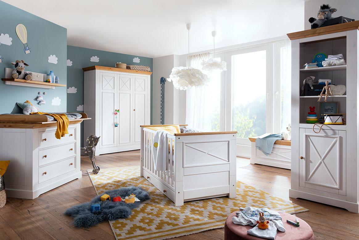 Babyzimmer Landhausstil weiss Julia.
