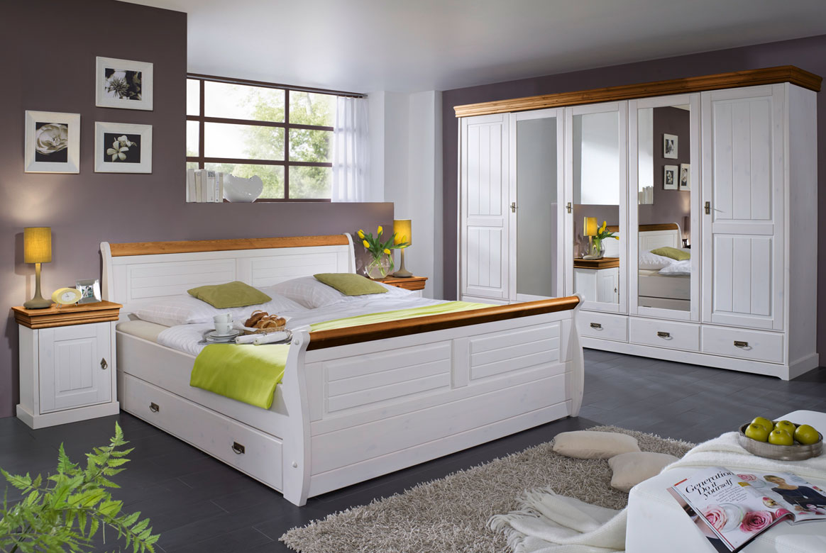 bettbank landhausstil linea kiefer massivholz weiss t21. Black Bedroom Furniture Sets. Home Design Ideas