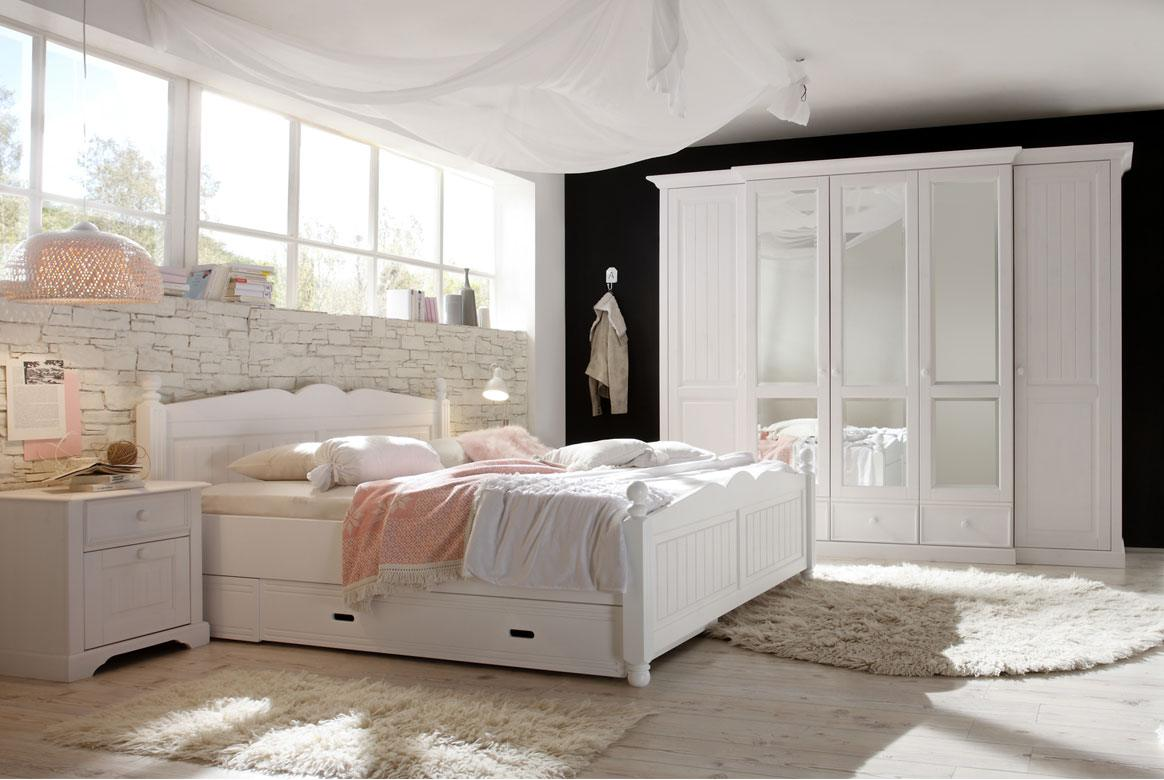 awesome schlafzimmer landhaus weiss photos. Black Bedroom Furniture Sets. Home Design Ideas