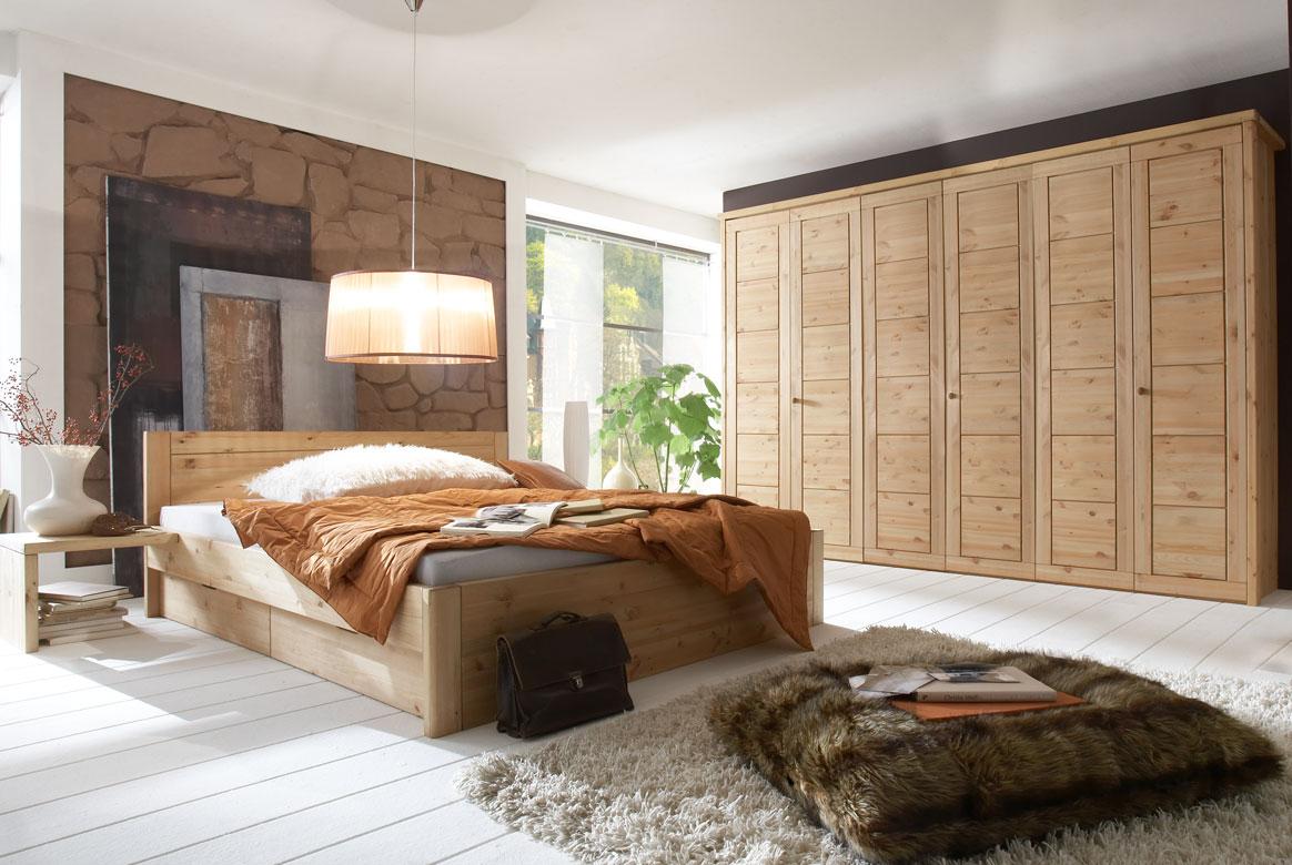 Massivholz Schlafzimmer Rauna gebeizt - geölt